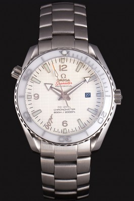Omega James Bond Skyfall Watch with White Dial and White Bezel om231 621383 Omega Replica Seamaster